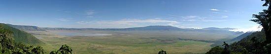 Le Cratère d'Un'Goro: berceau de l'humanité dans Les Zones 550px-Ngorongoro_Crater_Panorama
